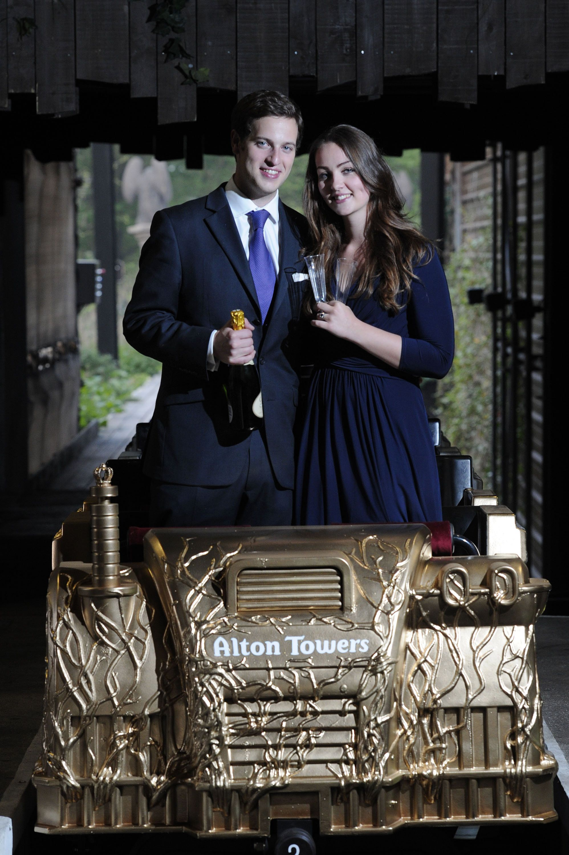 To Mark The Royal Wedding Of William And Kate Cod Steaks Were Commissioned By Alton Towers To Produce A Gold Editi Visitor Attraction Theme Park Royal Wedding