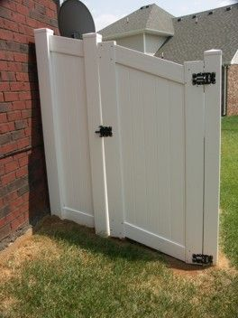 Should I Install A Gate On A Slope Fence Specialists Building A Fence Gate Building A Gate Vinyl Fence
