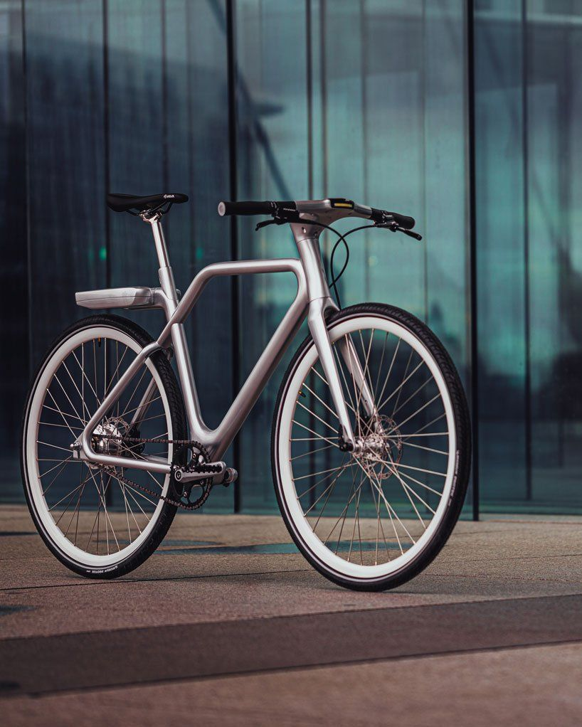 Ora Ito Designs The Lightweight Angell Bike Featuring A Handlebar Touchscreen In 2020 Best Electric Bikes Handlebar Bike Handlebars