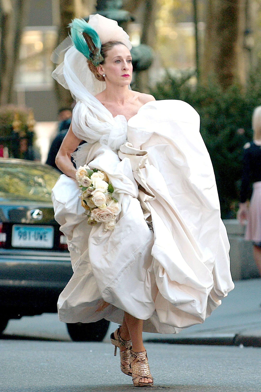 Satc Sjp As Carrie In Vivienne Westwood Wedding Gown Everett Harpersbazaar