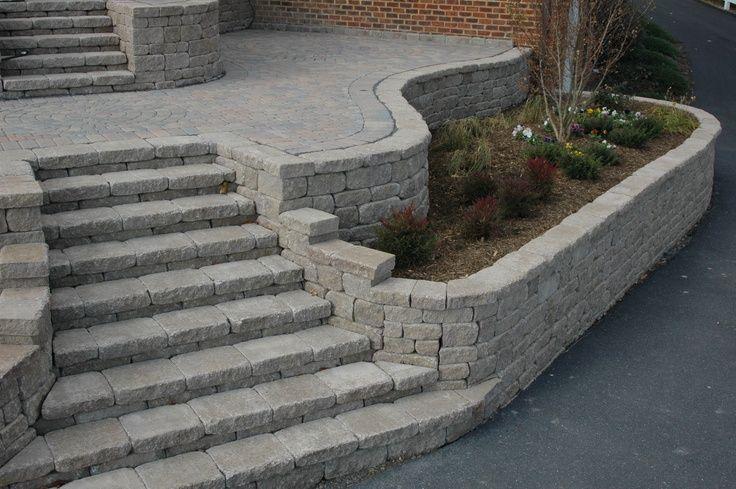 Erhöhte Terrasse Pflanzgefäß und Stufenprojekt Waynesboro Nurseries in der Nähe von Staun #vorgartenideen