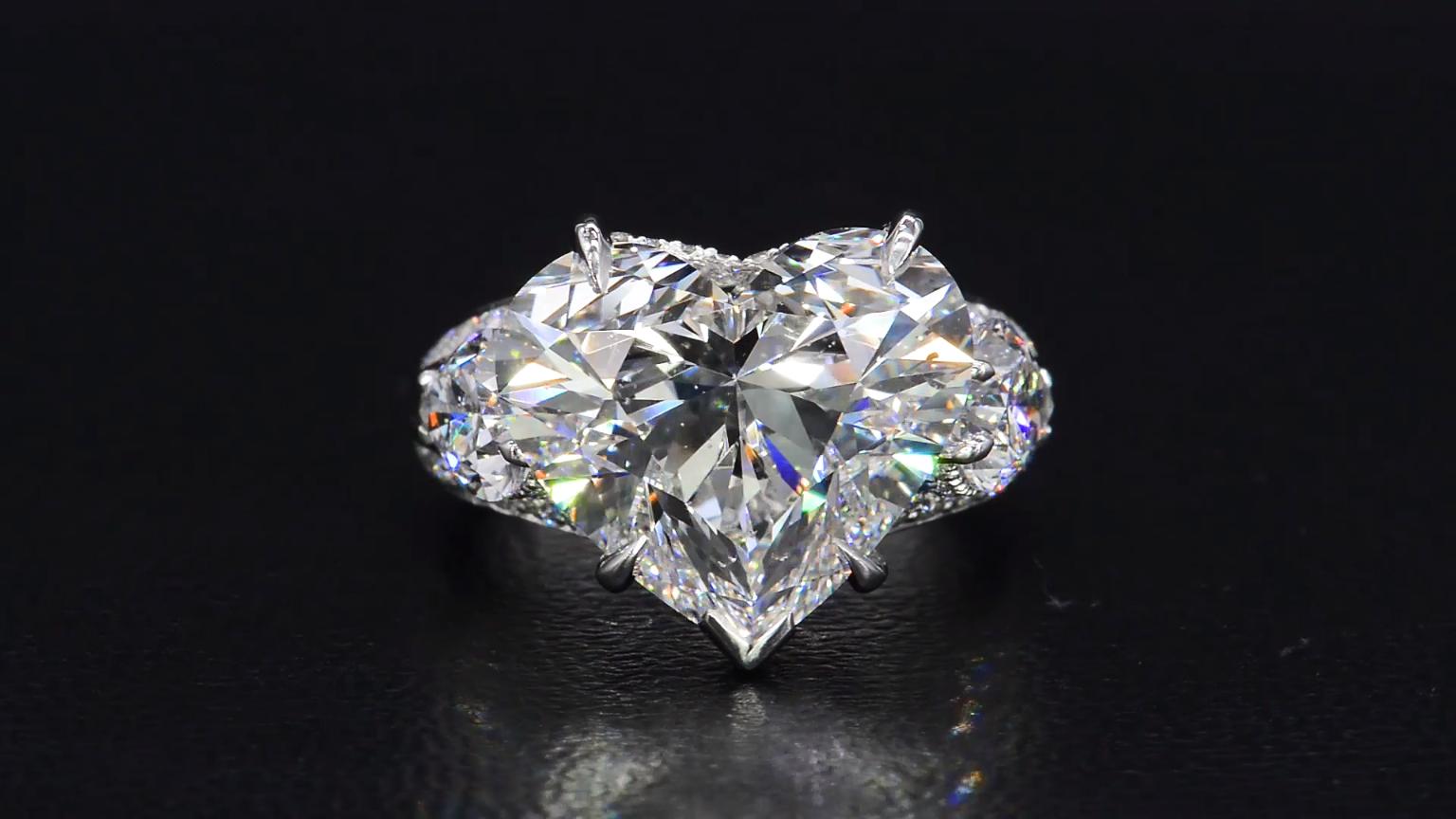 An Enamoring 10 Carat Heart Shape Diamond Engagement Ring From Bez Ambar Fe Video Heart Shaped Diamond Engagement Ring Heart Shaped Diamond Diamond Engagement Rings