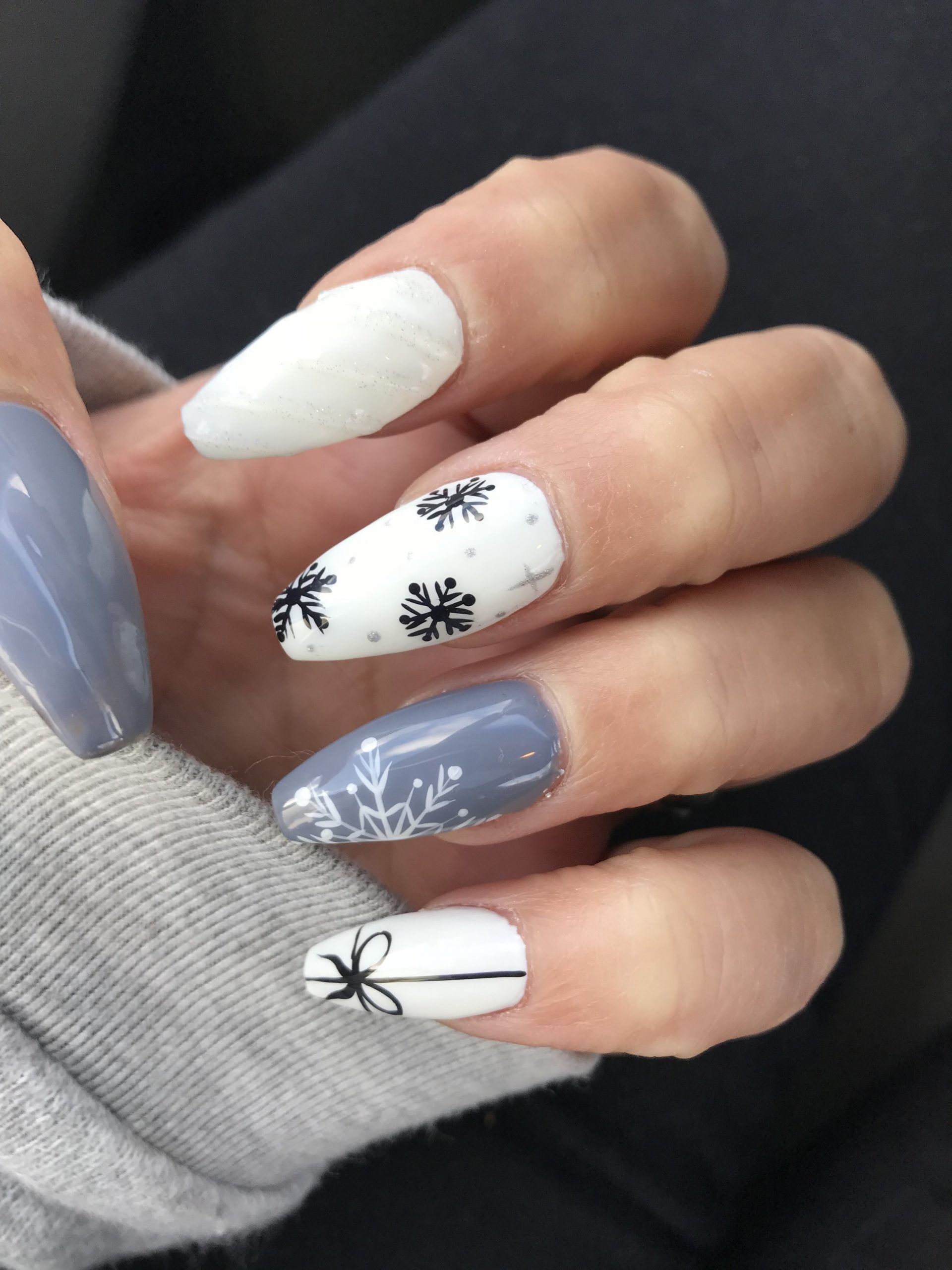 Top 40 Light Color Christmas Snowflake Coffin Nails In 2020 In