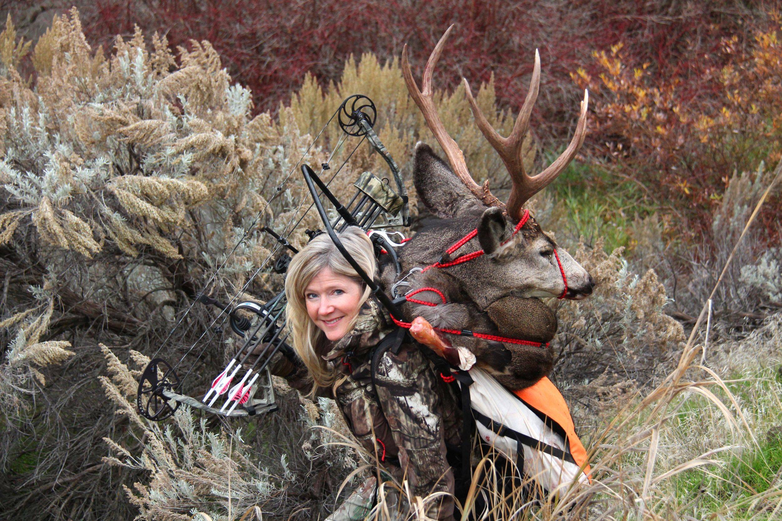 A great fit! Cabela\'s Alaska Pack Frame with my Washington mule deer ...