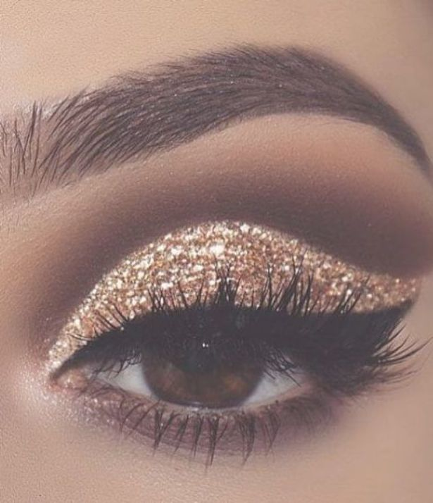 gold glitter eyeshadow; make up tutorial; make up for brown eyes;