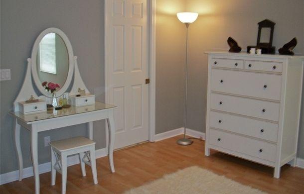 Ikea hemnes vanity want for my room dream house pinterest hemnes vanities and room - Bedroom vanities ikea ...