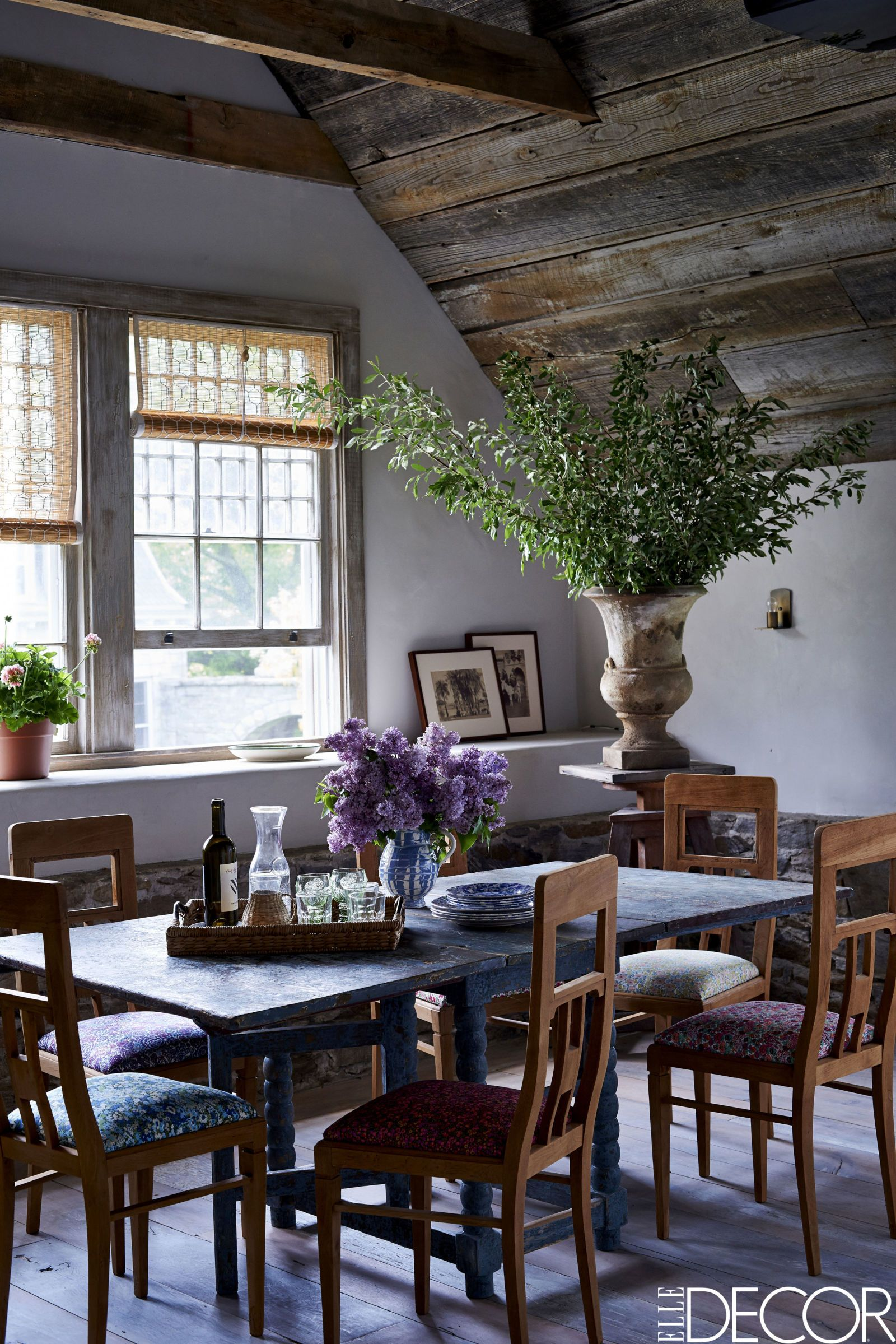 HOUSE TOUR An 1870s Carriage House Brimming With Historic Charm