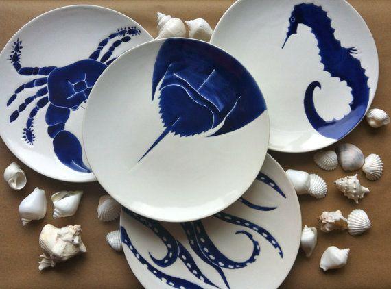 Set of 4 navy blue nautical beach themed ceramic dinner plates in horse shoe & Set of 4 navy blue nautical beach themed ceramic dinner plates in ...