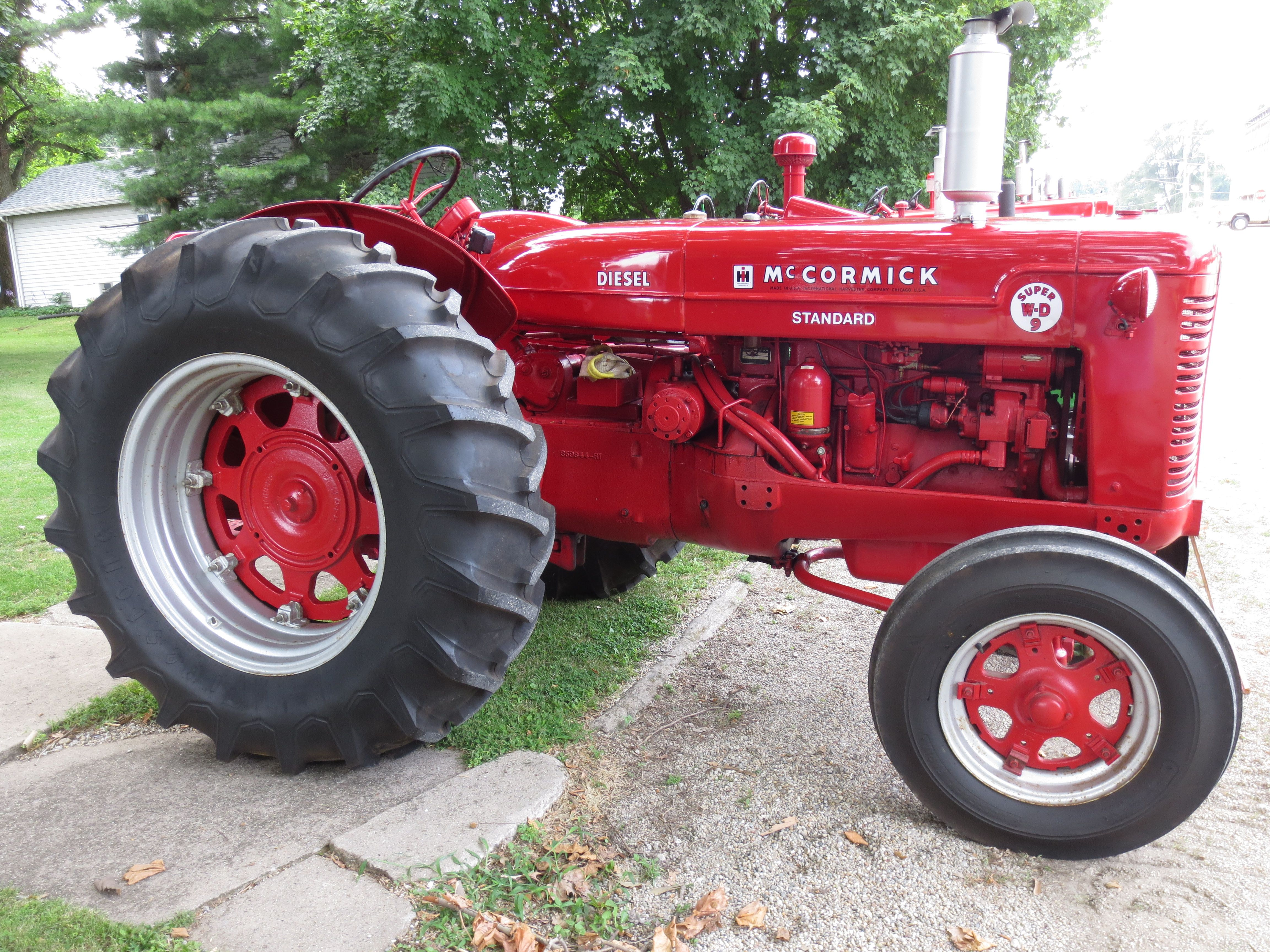 Ih Mccormick Super Wd 9 Antique Tractors Old Tractors Farmall