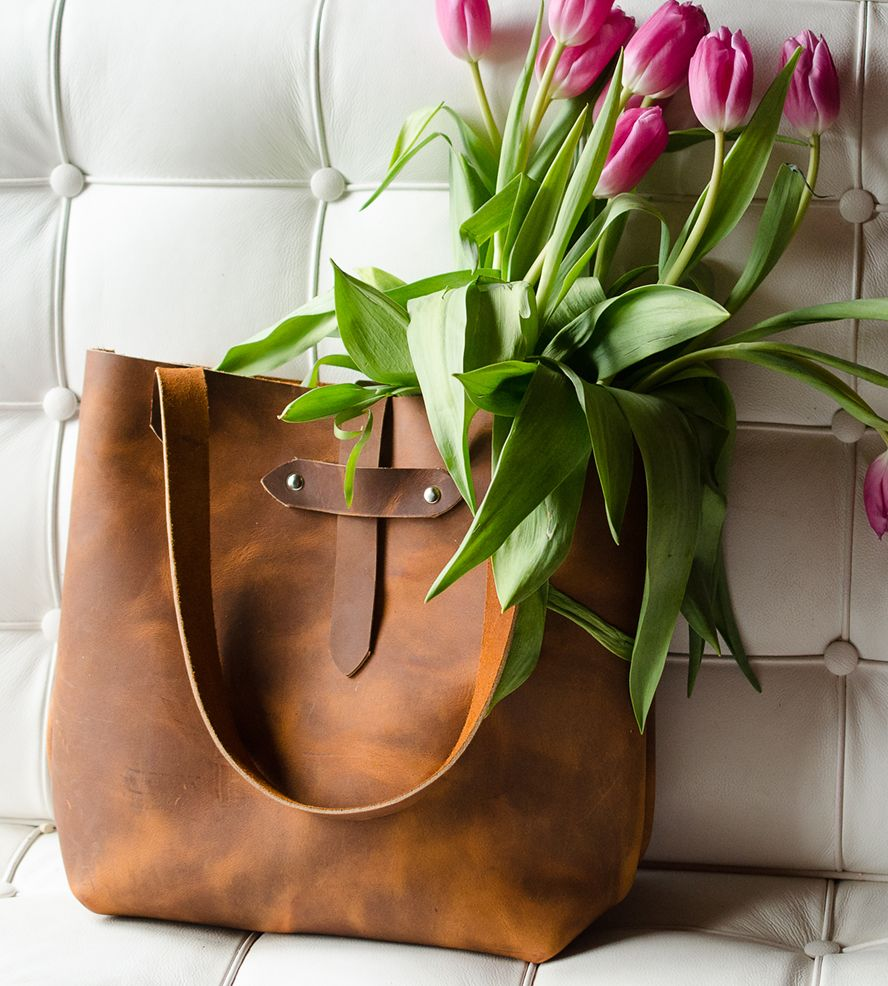 Distressed Leather Tote Bag By Margaret Vera