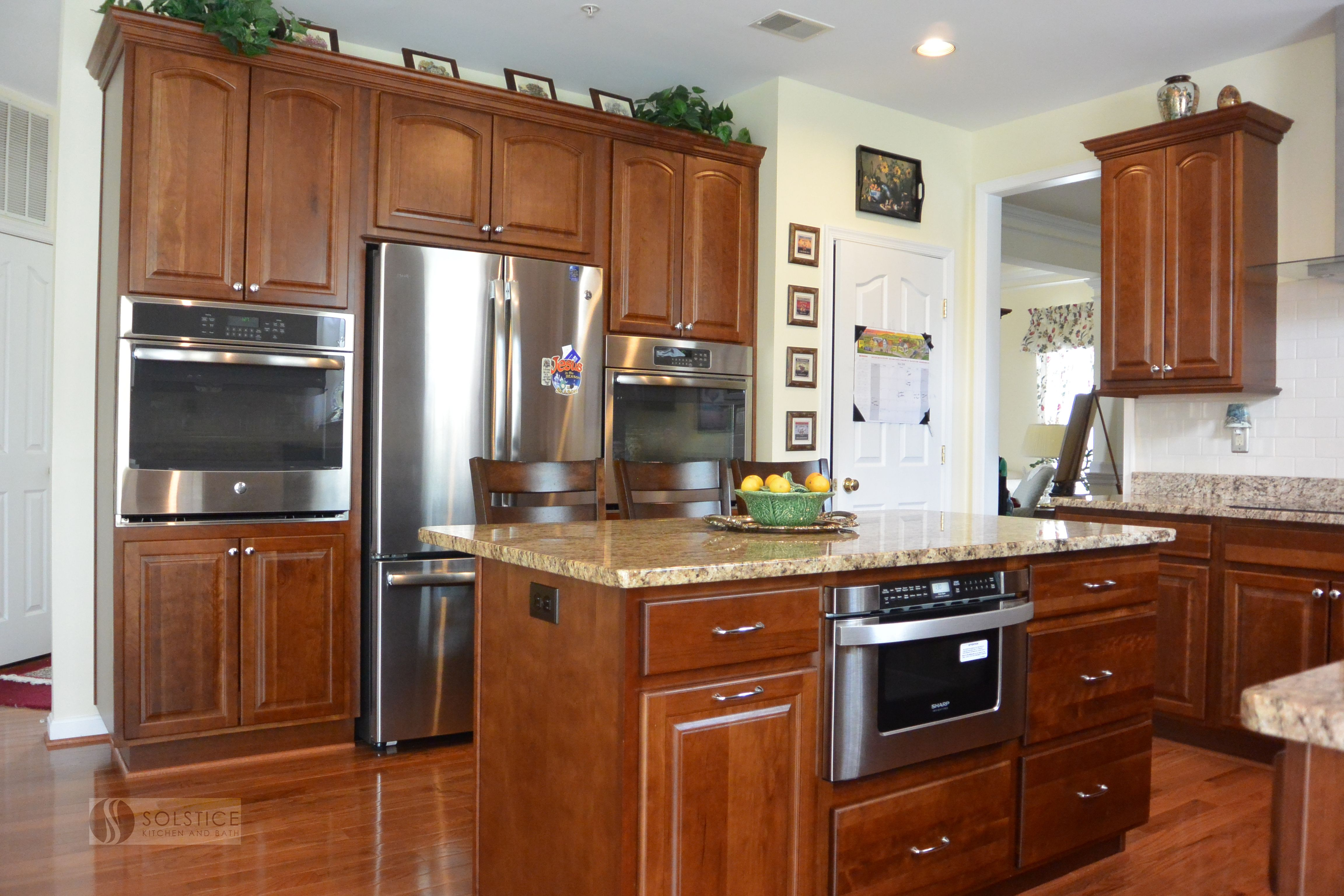 Cabinets Are The Foundation Of Every Kitchendesign This Bowiemd Kitchenremodel Features Homecrest By Mast Traditional Kitchen Design Kitchen Design Kitchen