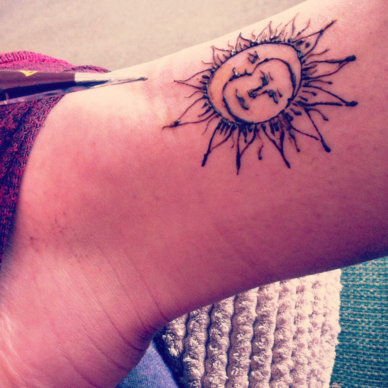 Sun And Moon Henna Tattoo Moon Tattoo Henna Tattoo Tattoos