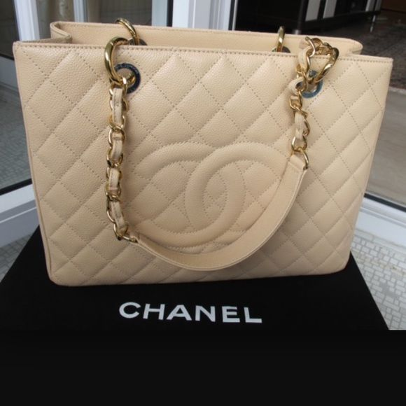 dfaf52df7316 2500 thru 🅿 🅿️NEW Chanel GST. 100% AUTHENTIC💥 Brand new Chanel Grand  shopping tote BEIGE caviar with gold hardware. Authenticity card