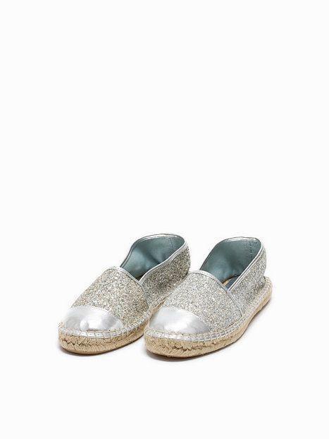 65244 - Bronx - Silver - Everyday Shoes - Shoes - Women - Nelly.com ... 39451bdbb7