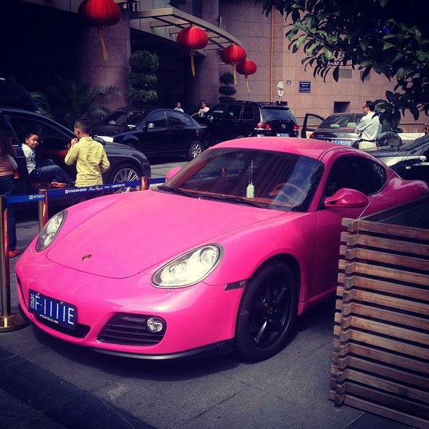 Pink Porsche Very Good We Buy Any Car Type Website Http Www