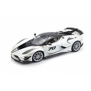 BBURAGO Voiture Ferrari FXX K Evo 1/18eme - Blanc