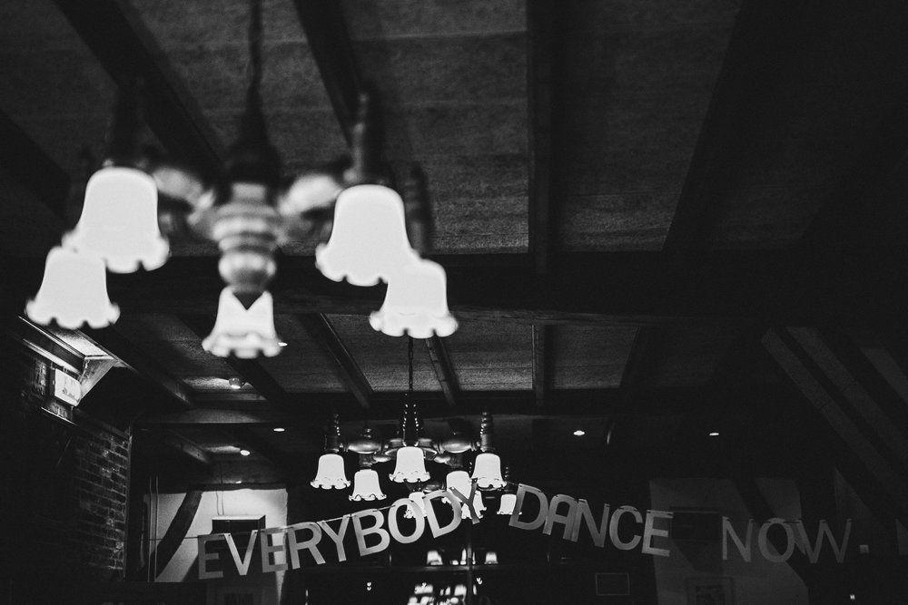 Stämningsfullt bohemiskt bröllop — Sisters in Law - Bröllopsblogg
