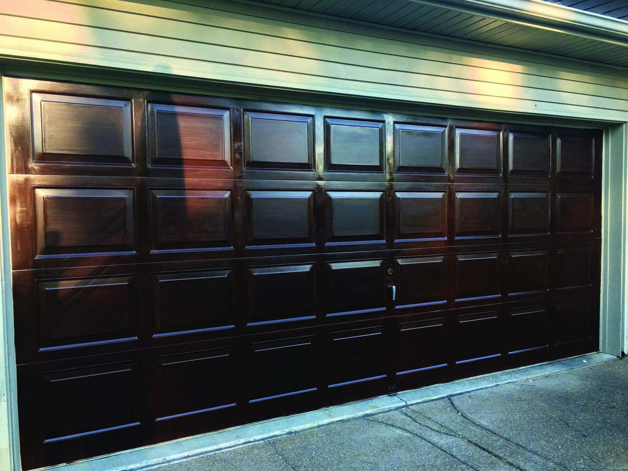 Beautiful Barn Garage Doors Pay A Visit To Our Guide For A Lot More Good Ideas Barngaragedoors Garage Doors Glass Garage Door Contemporary Garage Doors