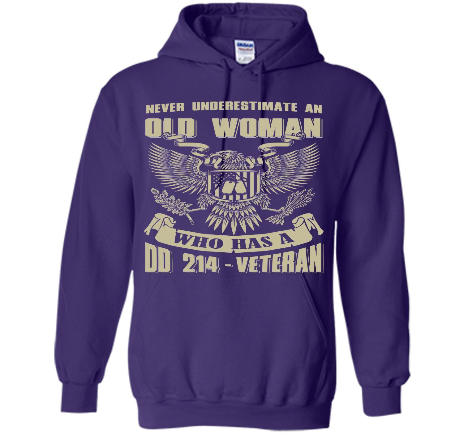 Never Underestimate An Old Woman Who Has A DD-214 Veteran T-Shirt