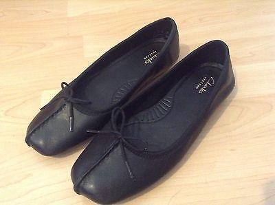 484395f38b536 Clarks UK Size 4 flat Shoes Women Black Leather