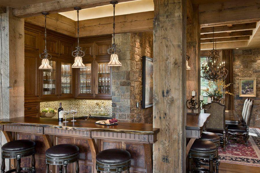 16 esempi di angolo bar in casa con arredamento rustico for Esempi di piani di casa