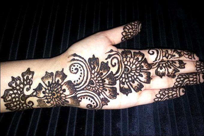 Tattoo Mehndi Tangan : Motif henna tangan simple art hennas gambar