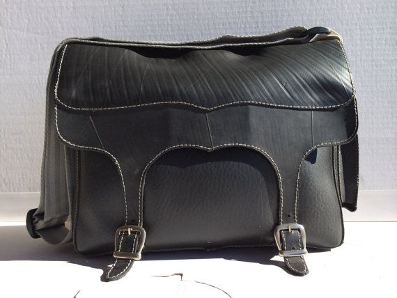 Messenger bag Memo made Recycled Rubber Tyres by masmillasrecycled