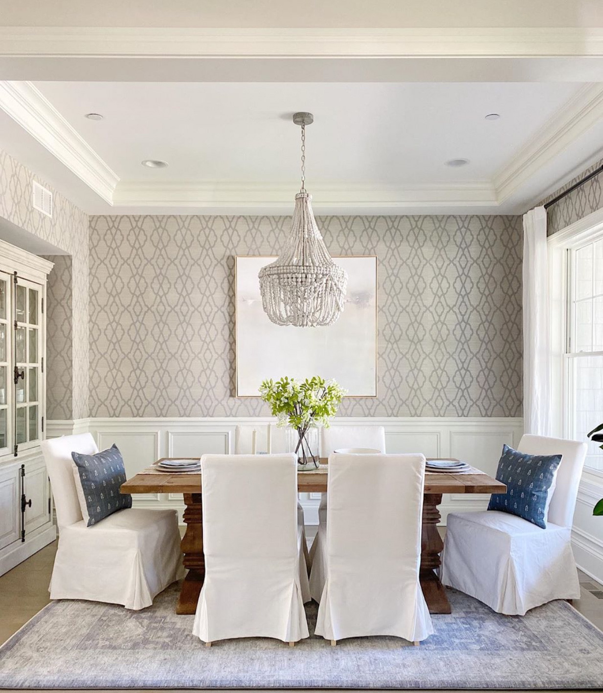 Transitional Dining Room Wallpaper And Raised Panels Dining Room Wallpaper Geometric Wallpaper Dining Room Wallpaper Living Room