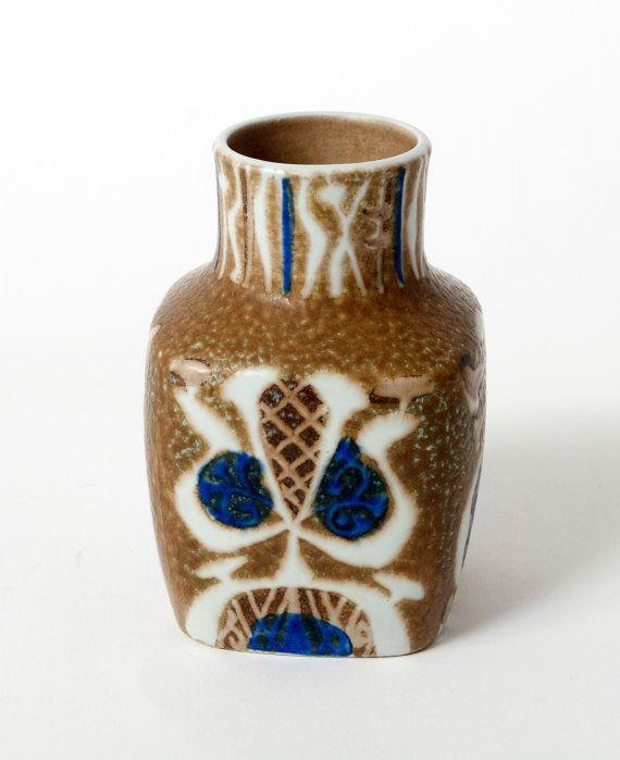 Royal Copenhagen Nils Thorsson Baca Fajance Vase 7203361 Pillow