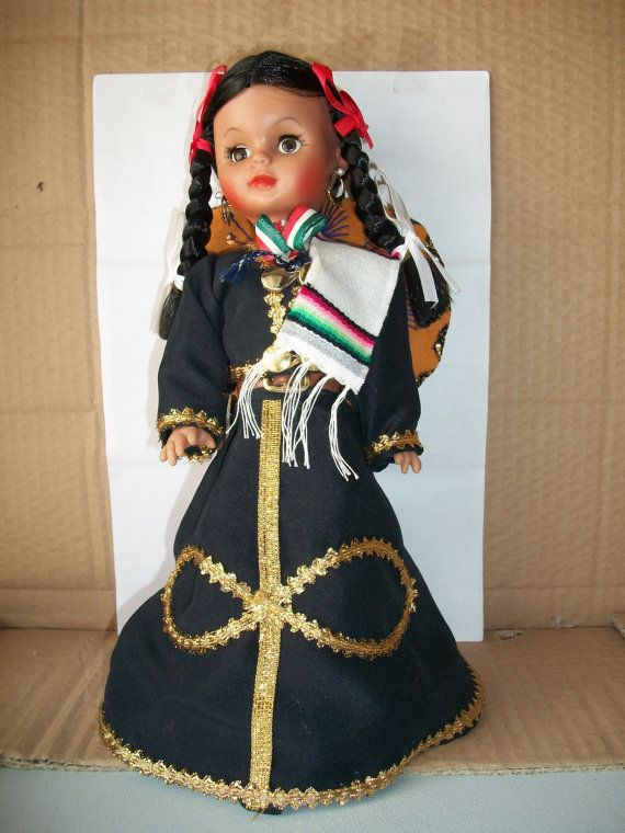 Costumed Spanish Doll With Sombrero #spanishdolls