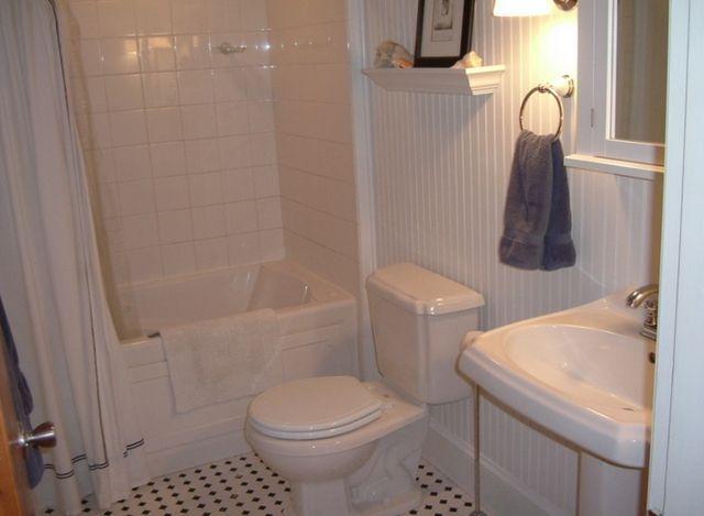Here S Why Wood Wall Paneling Is A Fresh Alternative To Boring Drywall Beadboard Bathroom Top Bathroom Design Bathroom Style