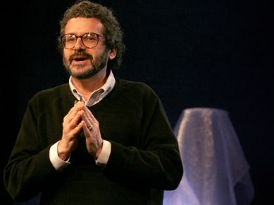 Neil Gershenfeld: Unleash your creativity in a Fab Lab | Video on TED.com