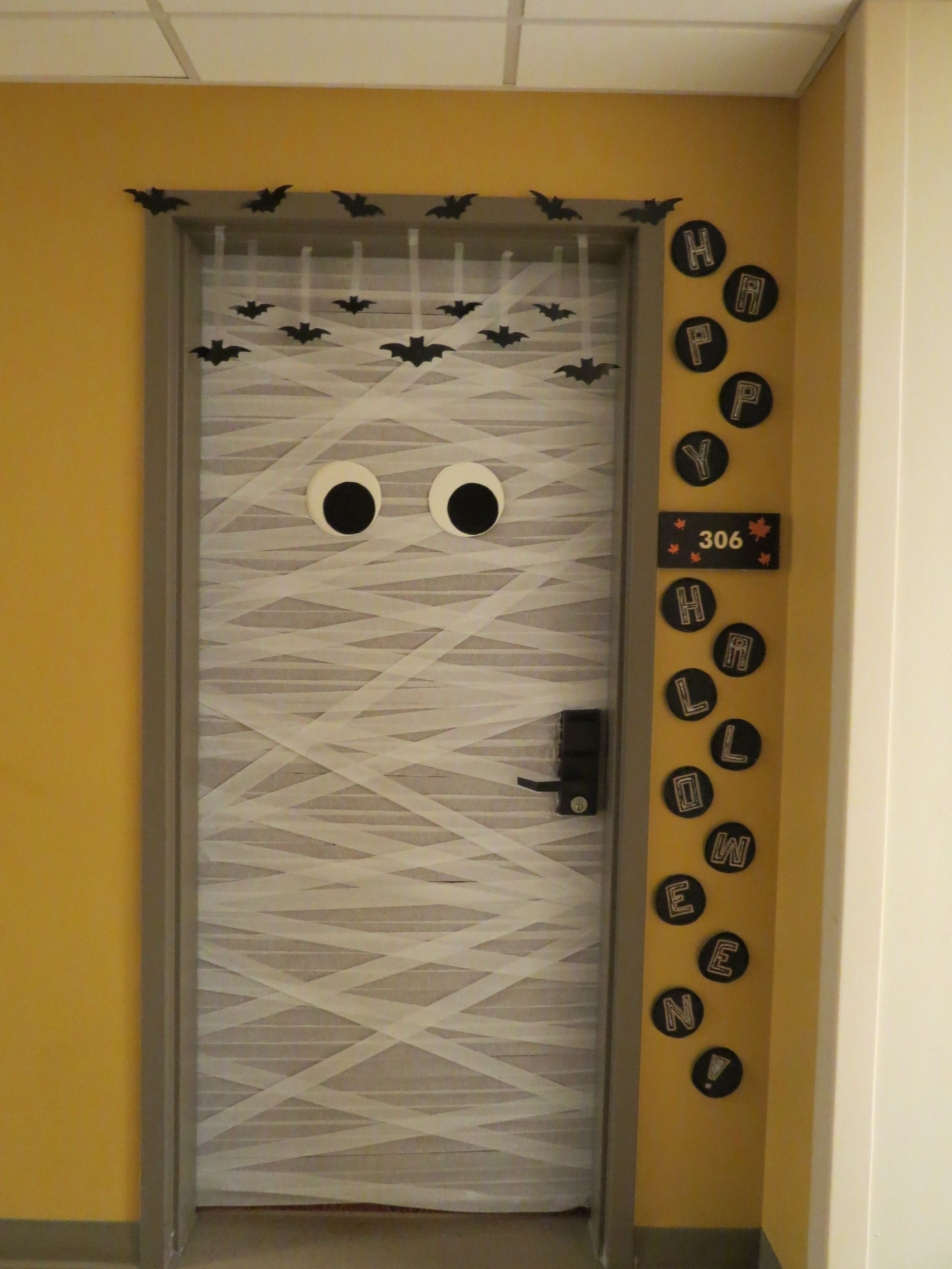Mummy Halloween Door Design! #Halloween