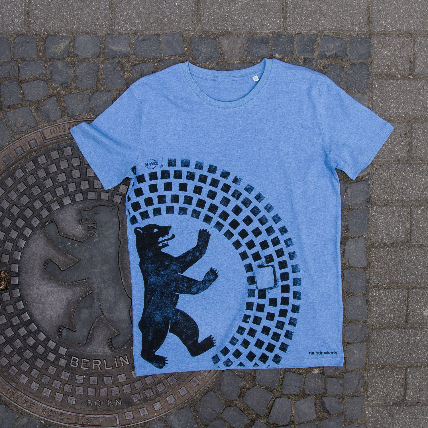 Berliner Bar Summer Edition T Shirt Raubdruckerin T Shirt Unique Print Linocut Prints