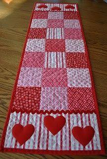 Valentine's Quilt Runner. Tutorial at http://www.shirleyjarrett.com/valentines-quilt-runner/