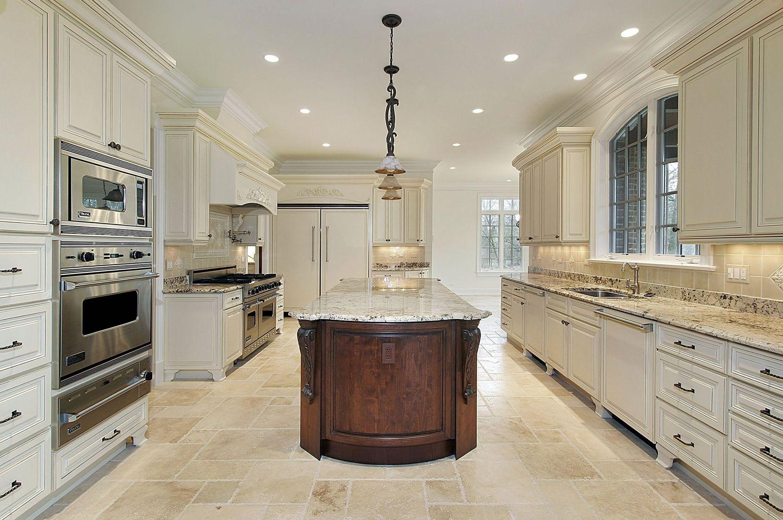 Kitchen Island In 2020 Luxury Kitchens Beige Kitchen Luxury Kitchen Design