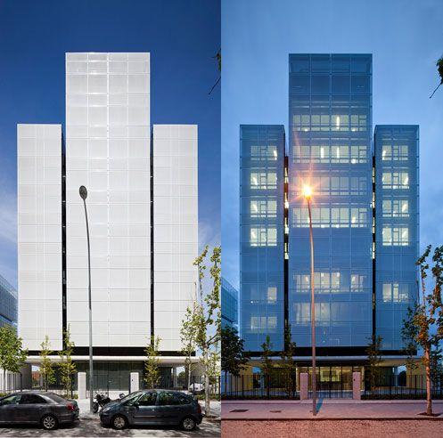 Facade textil google zoeken tensile mesh facades for Architect zoeken