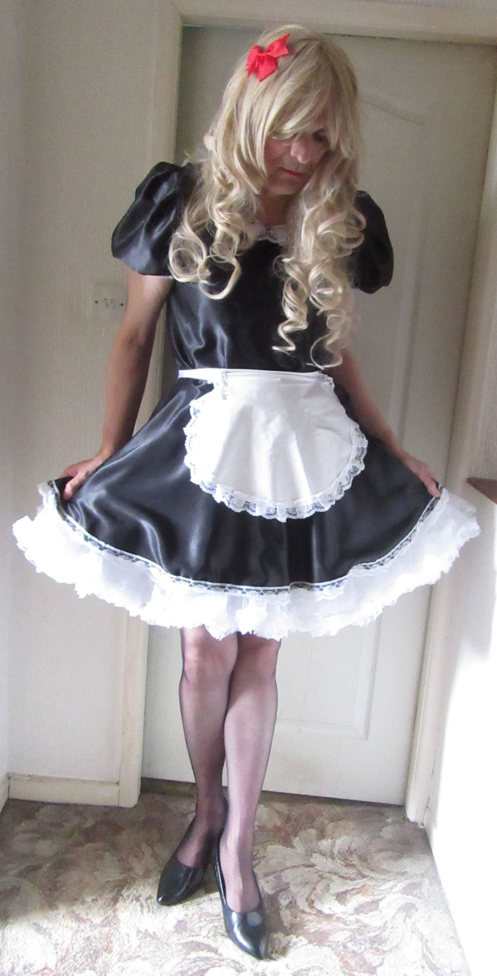 Sissy maids wanted