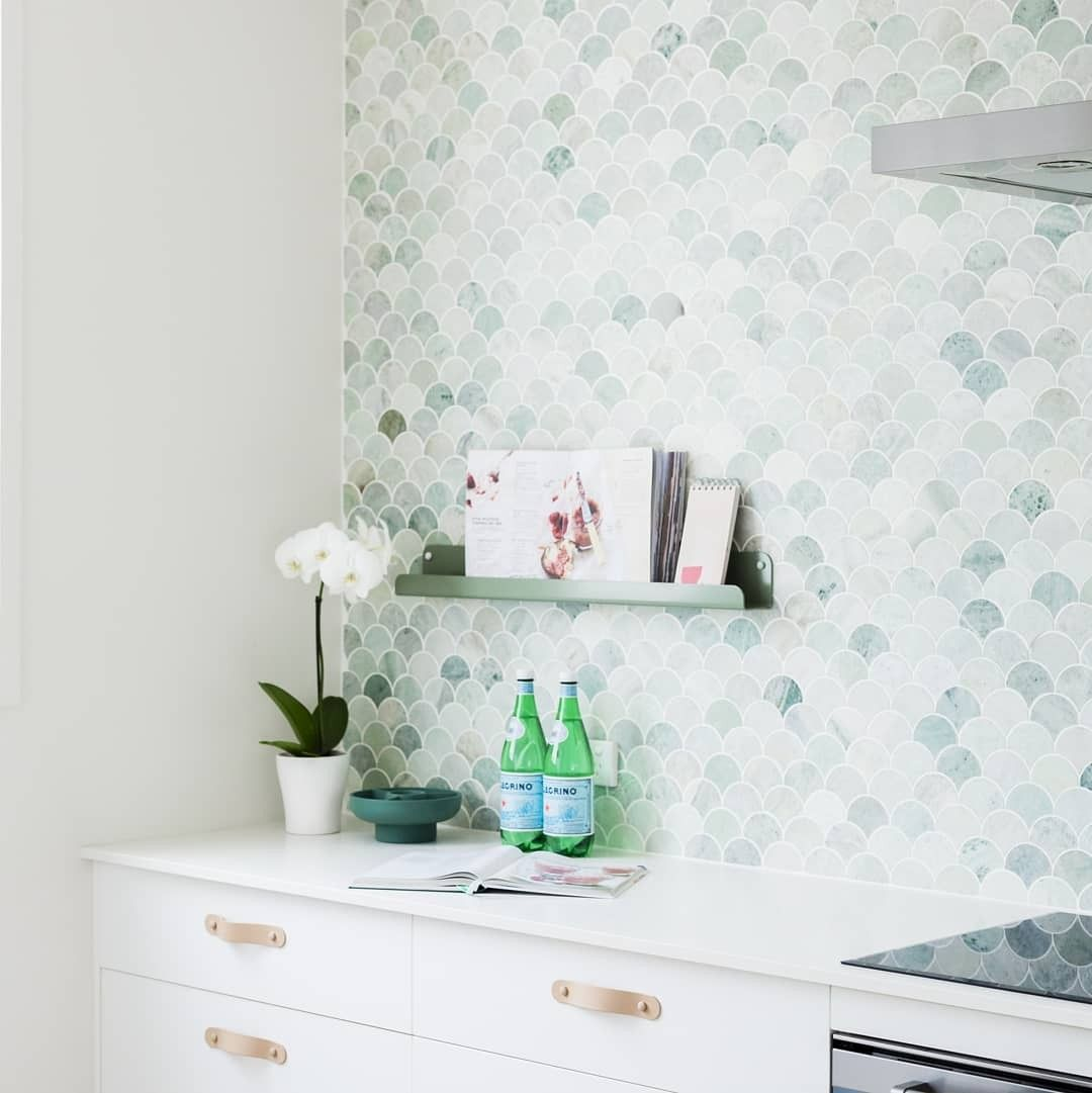 The Breeze Block house by H&G Designs- Mermaid Tiles, fish scale tiles, scallop tiles. Tumbled green marble tiles. Tumbled marble tiles. Unique splashback , unique backsplash. Recipe Book Holder. Leather Handles #kitchensplashbacks