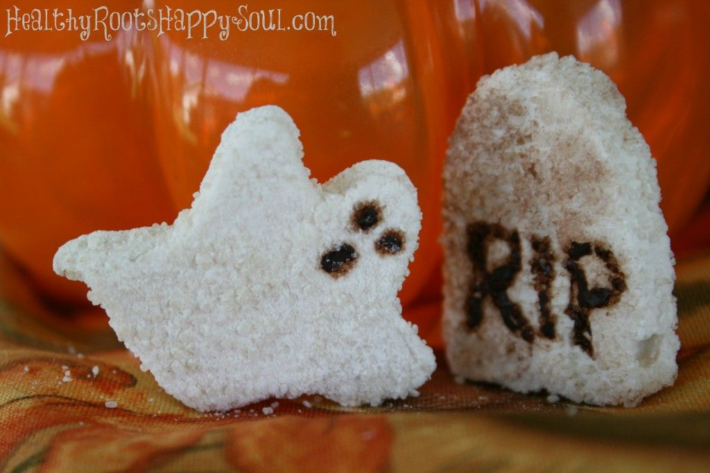 DIY Mini Ghost Peeps Made with REAL Ingredients - nothing artificial, no GMO's and no other nasty stuff!