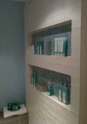 Nis voor de douchewand - sanitair   Pinterest - Badkamer, Tegels en ...