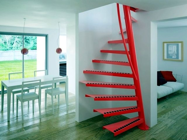 Square spiral staircase 1m2 with small dimensions cool for Square spiral staircase plans hall