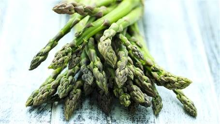 Pizza, guac and more! 8 ways to get creative with asparagus