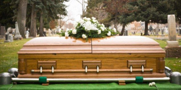 Funeral planning is something most of us will have to do at one looking to book funeral burial or cremation service get best quotes from funeral service quote australia in three easy steps solutioingenieria Choice Image