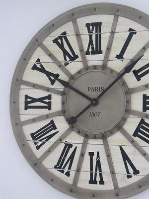 Uberlegen Ich Habe Mal Wieder In Belgien Eingekauft. Diesmal Eine Riesige Uhr. Sie  Hat Einen