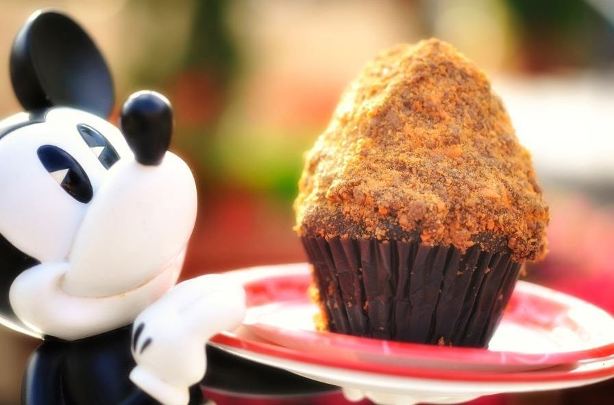 Butterfinger Cupcake Walt Disney World