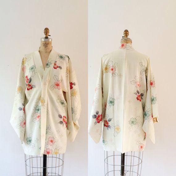 vintage kimono haori / vintage kimono robe / Sakura Bloom kimono
