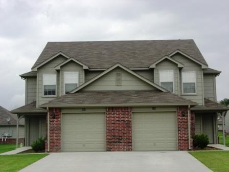 Homes For Rent Tulsa Jenks Bixby Broken Arrow Owasso Properties Plus Renting A House Home Outdoor Decor