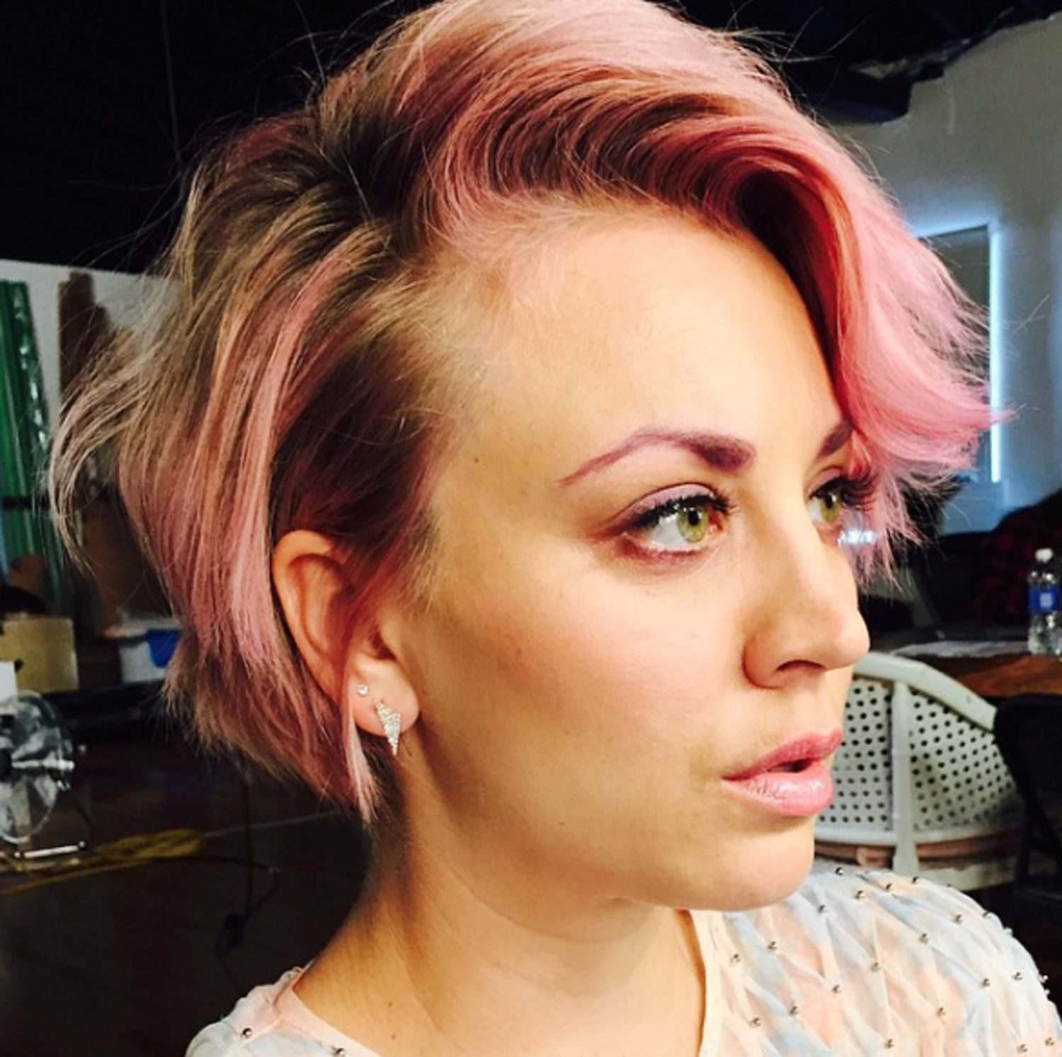 So This Is What Pink Eyebrows Look Like Hair Beauty Short Hair Styles Her Hair