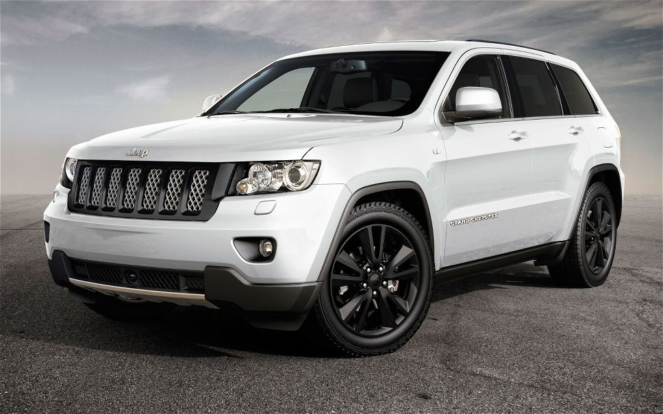 First Look New Special Edition Jeep Wrangler Grand Cherokee Compass Automobile Jeep Grand Cherokee Srt Jeep Grand Cherokee Sport Jeep Grand Cherokee 2012
